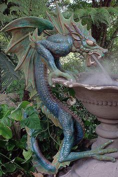 Challenge yourself with this dragon fountain. Dragon Statue, Dragon Art, Dragon Garden, Magical Creatures, Fantasy Creatures, Dragons, Sculpture Metal, Dragon's Lair, Fantasy Dragon
