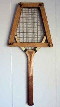 Vintage 1930's Champion Super PH Kratzer & Cie wood tennis racket & wooden clamp