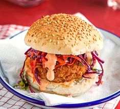 Pack a flavour punch with this vegan sweet potato, cashew and tofu burger. It takes a little effort, but it's well worth the prep time once you taste it Tofu Burger, Vegan Burgers, Burger Buns, Falafel Burgers, Vegan Recipes Videos, Bbc Good Food Recipes, Vegetarian Recipes, Recipes Dinner, Diet Recipes