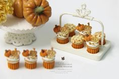 Petit D' Licious: Halloween/Autumn Cupcake Collection 2014 in Dollhouse Miniature Food 1:12th
