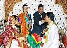 Many marriages in India are arranged, which means that a couple is put together by a third party, often when they couple is young. This is unlike American marriages, where most of the time two people meet and fall in love. This is not to say that arranged marriages do not end up working well. The divorce rate for arranged marriages is very low.