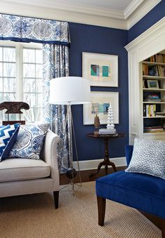 Vintage traditional living room with blue wall color, blue chair and blue and white drapes with valence. Blue And White Curtains, Blue And White Living Room, Blue Living Room Decor, Living Room Paint, Living Room Colors, Living Room Modern, Living Room Designs, Blue Curtains Living Room, Blue Bedroom
