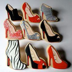 ce5fe80ffaa6f Kobiety rozkochane w butach z czerwoną podeszwą równie chętnie kupują  słodkości High Heel Cookies