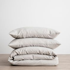 Each duvet cover set is made from 100% linen woven from European flax, pre-washed for softness and durability Includes linen bag in the color selected for stora