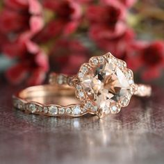 Bridal Set Vintage Floral Morganite Engagement Ring and Scalloped... (€1.420) ❤ liked on Polyvore featuring jewelry, rings, vintage diamond ring, cushion cut diamond ring, pink engagement rings, vintage engagement rings and rose gold diamond ring