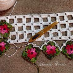 Barradinho lindo Crochet Doily Diagram, Crochet Motifs, Crochet Borders, Crochet Flower Patterns, Crochet Designs, Crochet Doilies, Crochet Flowers, Crochet Lace, Crochet Stitches