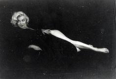 marilyn-monroe-milton-greene-photoshoot-19531.jpg (3000×2055)