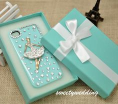Wedding Favor Box , candy box ,gift box ,Tiffany Blue box with white ribbon bow for iphone case ,DIY  Party Paper Favor Box , wedding favor