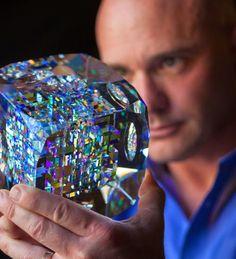 Jack Storms「フィボナッチ比率」 フィボナッチ比率を使ったガラス作品。とにかく綺麗。