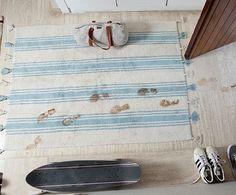 http://www.mamidecora.com/alfombras-lavables-Lorena%20Canals-hogar.html