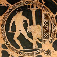 La mostra Mostri. Creature Fantastiche della paura e del Mito a Roma si svolge per sei mesi presso il Museo Nazionale Romano. Questa esibizione molto interessante mostra oltre un centinaio di reperti archeologici provenienti da musei italiani e stranieri. Vi si illustra l'evoluzione iconografica del Minotauro, i Grifoni, le Chimere, I Gorgoni, Pegaso, la Sfinge, e così via, dall'Oriente alla Grecia, così come dal mondo etrusco, italico e romano.