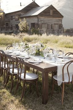 Beautiful rustic setting for this fabulous tablescape.  Photography by www.aarondelesie.com