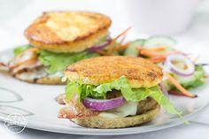 paleo reggeli burger English Muffins, Coconut Flour, Almond Flour, Celtic Sea Salt, Mcdonalds, Salmon Burgers, Baking Soda, Diet Recipes