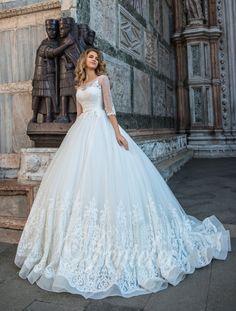 Suknia ślubna Pentelei 2220