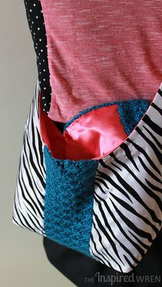 Project Run & Play, April: Zebra Stripes + Crochet! Adjustable-length, reversible sling bag. | The Inspired Wren