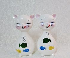 Large Cat Salt Pepper Shakers Cat ate Fish Salt by BeanzVintiques