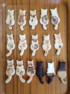 Whimsical cats click the link now for more info. Ceramic Jewelry, Ceramic Clay, Clay Jewelry, Ceramic Pottery, Ceramic Animals, Clay Animals, Ceramics Projects, Clay Projects, Cat Crafts
