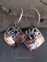 Cool blog, nice gallery, lots of jewelry making tips :)