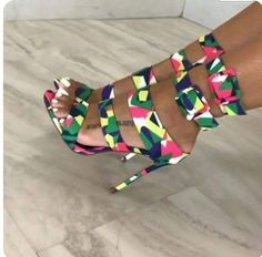 21 Spring Shoes Trends You Will Want To Keep - Shoes Market Experts Hot Shoes, Shoes Heels, Pumps, Heeled Boots, Shoe Boots, Designer High Heels, Spring Shoes, Shoe Game, Beautiful Shoes