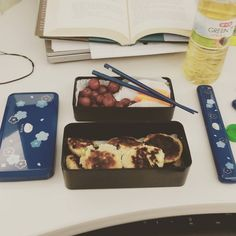 lunch today: tuna tofu miso mini burgers grapes carrots and snow peas #omnomnom #badfoodphotography