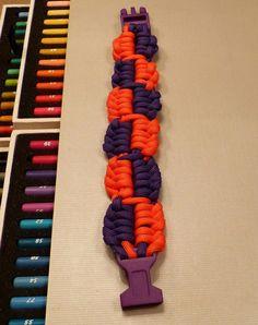 Uni Paracord Birdie ripple bar 5 loop armband, paars en neon oranje via Birdie By AnneMary Westera