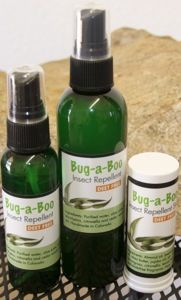 This is SO going to be on me after my last run in with bug bites (and it smells amazing!) Thank you Lemongrass Spa for an all natural alternative to chemical brew bug spray!