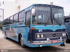 Ônibus da empresa Turismo Santa Rita, carro 97, carroceria Mercedes-Benz Monobloco O-364. Foto na cidade de São Paulo-SP por David Vieira, publicada em 21/03/2011 11:24:13.