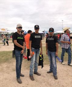 Cowboy Outfits, Cowgirl Outfits, Country Outfits, Hot Country Men, Cute Country Boys, Cute Mexican Boys, Mexican Men, Cute Couple Dancing, Cowboy Outfit For Men