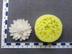 Silikónové formy a žilkovače   Silikónová forma Chryzanténa   torta-shop