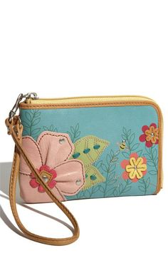 I want this wallet with a matching purse Backpack Purse, Tote Bag, Purses And Handbags, Coin Purses, Cute Wallets, Leather Working, Wallets For Women, Fossil, Pouch