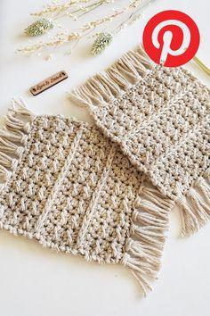Crochet Cup Cozy, Knit Or Crochet, Learn To Crochet, Crochet Hooks, Quick Crochet, Crochet Basics, Crochet Scrubbies, Crochet Potholders, Crochet Squares