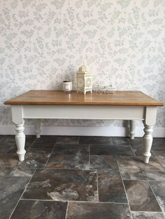 Large Pallet Coffee Table On Wheels With Solid White Finish