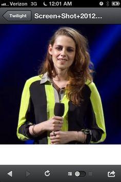 Kristen Stewart at the NYC 121212 Sandy Relief concert