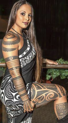 Maori tattoos are among the foremost distinctive tattoos within the world and have their own identity amongst the Polynesian tattoos. Maori Tattoo Meanings, Maori Tattoos, Samoan Tattoo, Hot Tattoos, Couple Tattoos, Black Tattoos, Body Art Tattoos, Tribal Tattoos, Girl Tattoos
