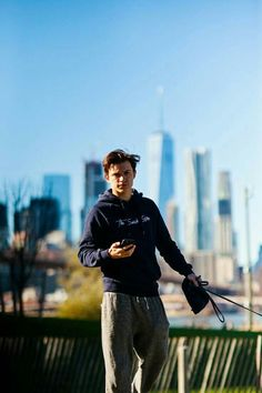 Read Capitulo 9 from the story Simplesmente Acontece by (Aprincesa) with 812 reads. Tom Holland Peter Parker, Tommy Boy, Men's Toms, Marvel Actors, To My Future Husband, My Boyfriend, Cute Guys, Celebrity Crush, Wattpad