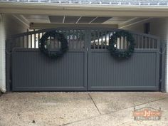 Pros and Cons of Wood Gates
