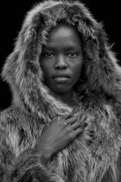 awesome Fotógrafos    12 Retratos por Daniella Rech  [Bastidores]