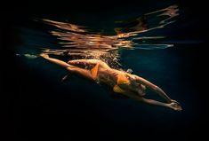 Underwater Paintings by Matt Story | Abduzeedo Design Inspiration