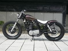 Yamaha SR 400 by Gravel Crew | Japan