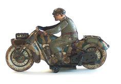 Online veilinghuis Catawiki: TippCo, Germany - Lengte 20 cm - Blikken militaire motorfiets met uurwerkmotor, jaren 30