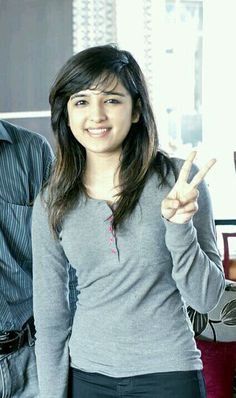 Areeee yarrrrr who picture aisa hi save kiya ha maina I want to meet u we will go from auto I'll pay or by walking Most Beautiful Models, Beautiful Girl Image, Most Beautiful Indian Actress, Gorgeous Girl, Stylish Girl Images, Stylish Girl Pic, Cute Celebrities, Celebs, Shirley Setia