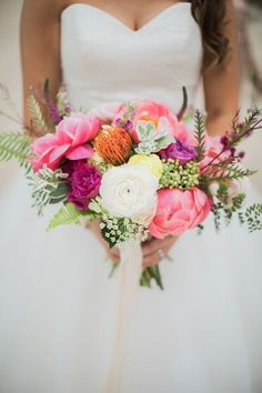 Stylish, chic, and colorful, these yellow and pink beach wedding ideas designed by Flaire Weddings are sure to brighten to your day! Beach Wedding Groomsmen, Beach Wedding Bouquets, Beach Wedding Colors, Beach Wedding Guests, Wedding Venues Beach, Beach Wedding Hair, Chic Wedding, Wedding Flowers, Wedding Ideas