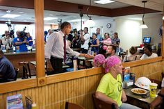 P071612PS-0255 | President Barack Obama talks with patrons a… | Flickr