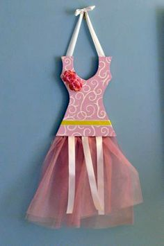 DIY Ballerina Barrette Holder.  Used left over supplies from previous projects and makes for great gifts.