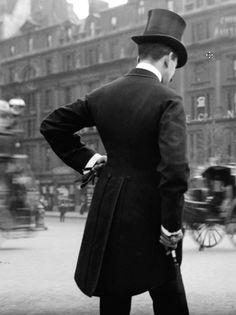 London • 1904