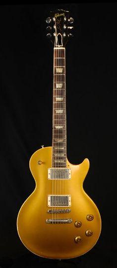 """Duane Allman   '57 Gibson Les Paul Goldtop, the """"Layla"""" Les Paul. Siga o nosso blog Mundo de Músicas em http://mundodemusicas.com/aulas-de-musica/"""
