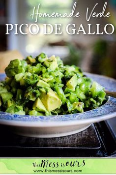 This vibrant summer salsa is a spicy blend of green tomatillos, green bell pepper, poblano, jalapeño, green onion, cilantro, California Haas avocados, and freshly squeezed lime juice. This dip amps up the flavor of anything you choose to top with it so go ahead and get creative. We love it with chips, obviously…but we also pile this salsa high on eggs, roasted sweet potatoes, and of course tacos! #salsa #picodegallo #greensalsa