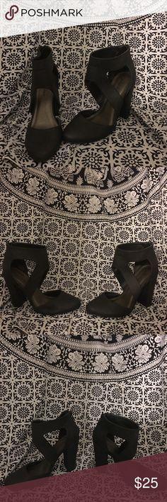 Sexy ankle wrap heels!! Sexy ankle wrap heels!! Shoes Heels