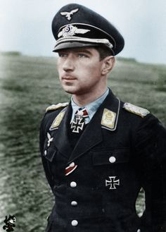Werner Mölders Werner Mölders became the first pilot in history to score 100…