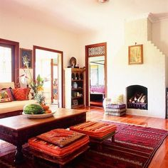 Beautiful Fabulous Traditional Indian Living Room Decor : Country Home Design, Mountain Home Design, Modern Contemporary Home Design, Simple Small House Interior Design Indian Interior Design, Small House Interior Design, Country House Design, Living Room Interior, Living Room Decor, Home Design, Tropical Interior, Simple Interior, Interior Livingroom